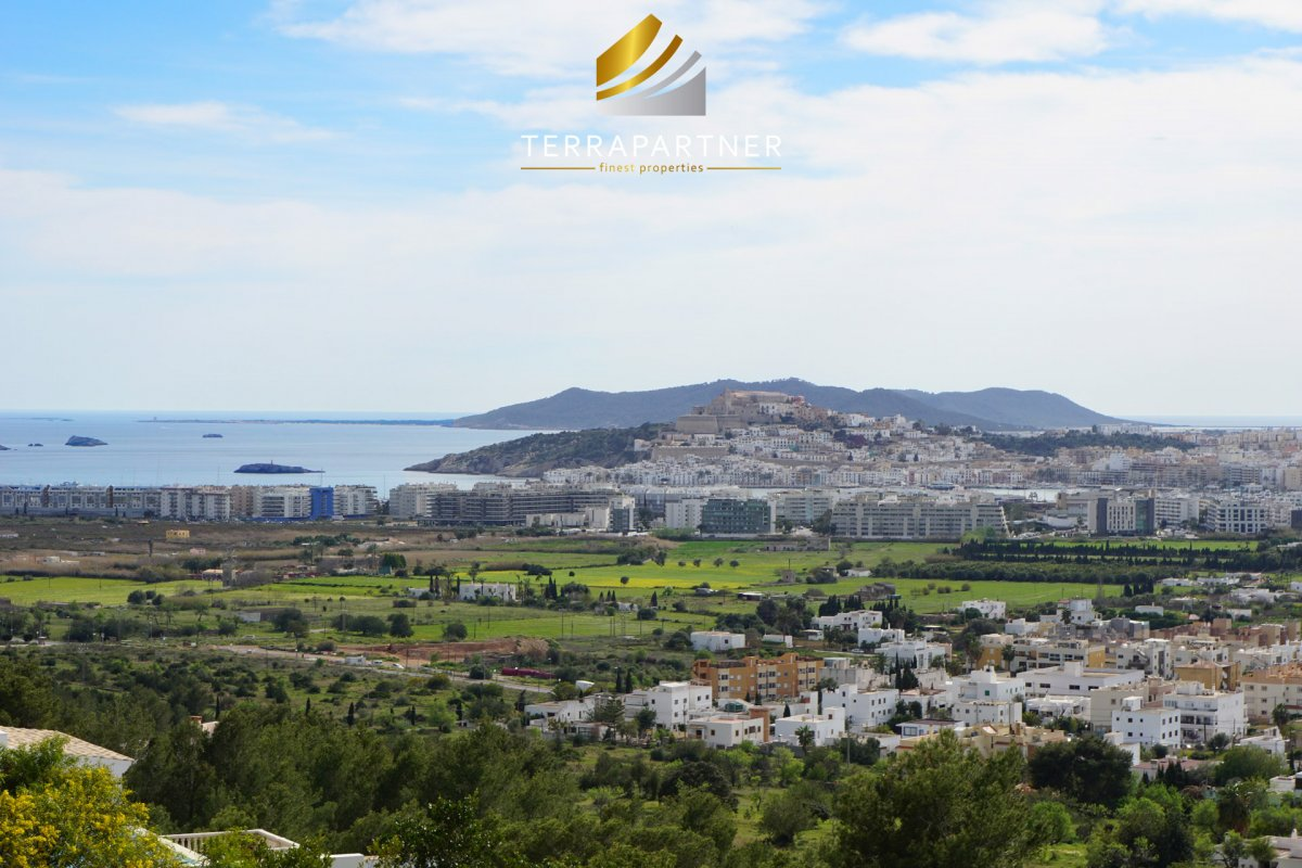 Newly built villa with sea views and Dalt Vila views in secured urbanisation